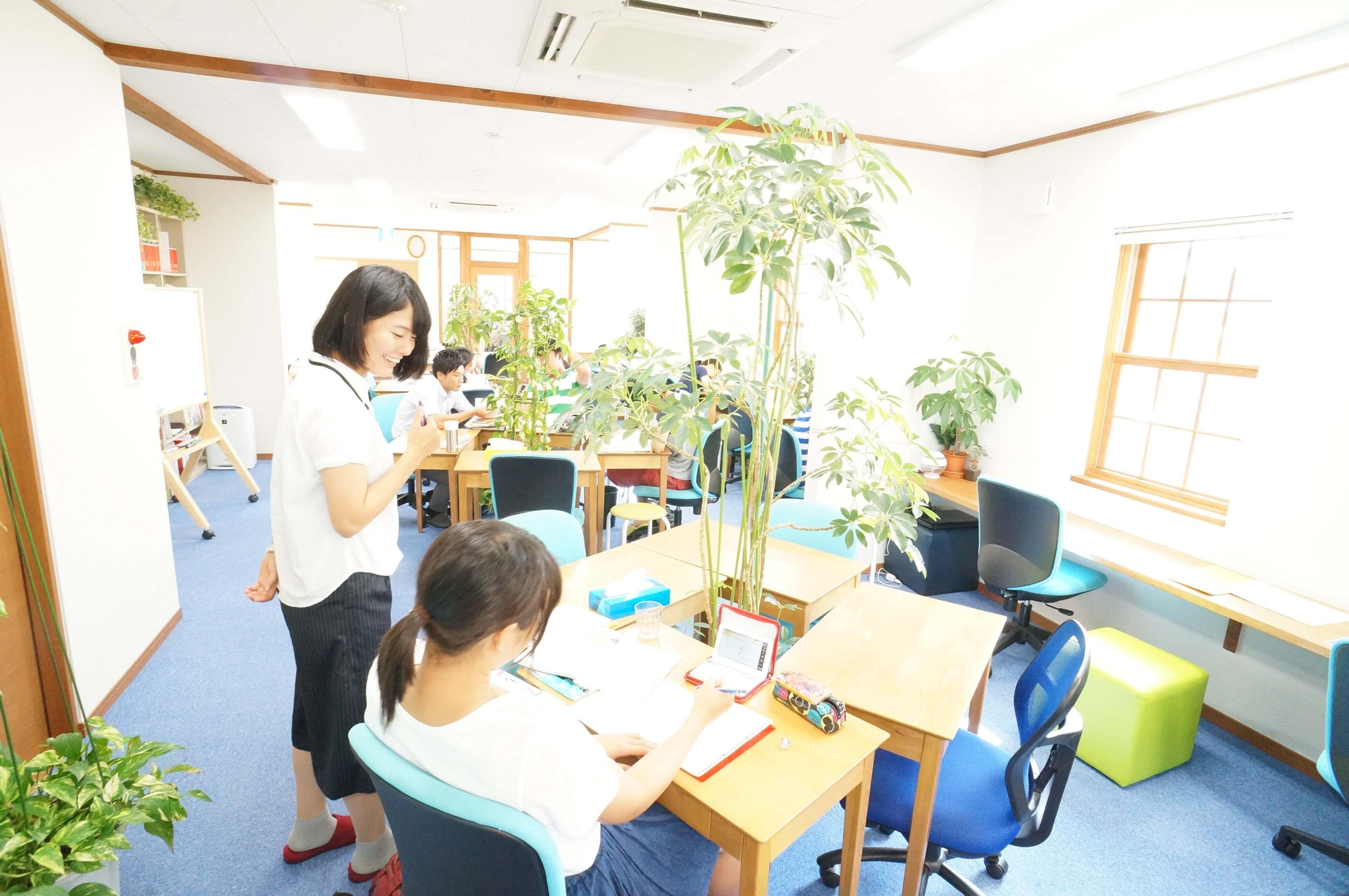 uchiyama-standing-small